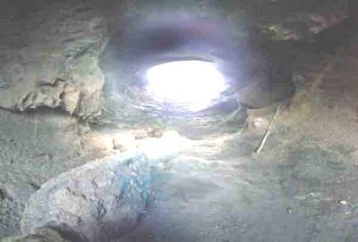 Évasion subie ... Grotte11