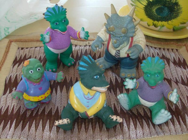 Dinosaurs pupazzetti serie televisiva Sinclair anni 90 Hpim3818