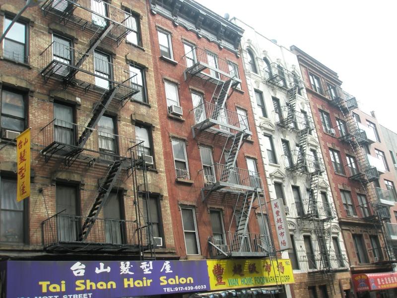Photographie Chinatown et les issues de secours 13031610