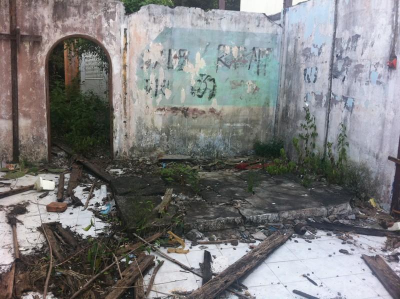 Graffitis, affiches, pub, peintures, sculptures, art - Page 2 Img_1426