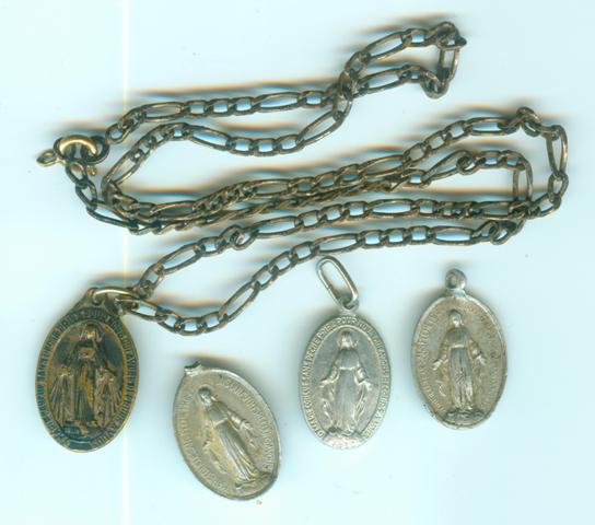 4 médailles de l'apparition de la vierge Marie en 1830 - XXème Medail10