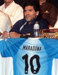 Maradona, sélectionneur argentin: après l'excitation, les premiers doutes Aleqm510