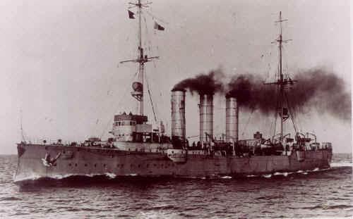 Questions sur le SMS Emden (1906) Dresde10