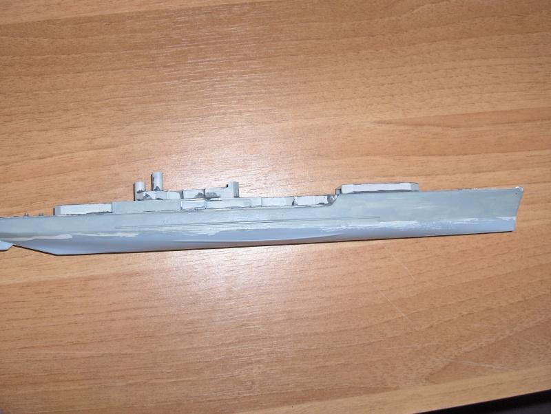 Maquette d'un escorteur d'escadre français: le Dupetit-Thouars   heller  1/400 Hpim0511
