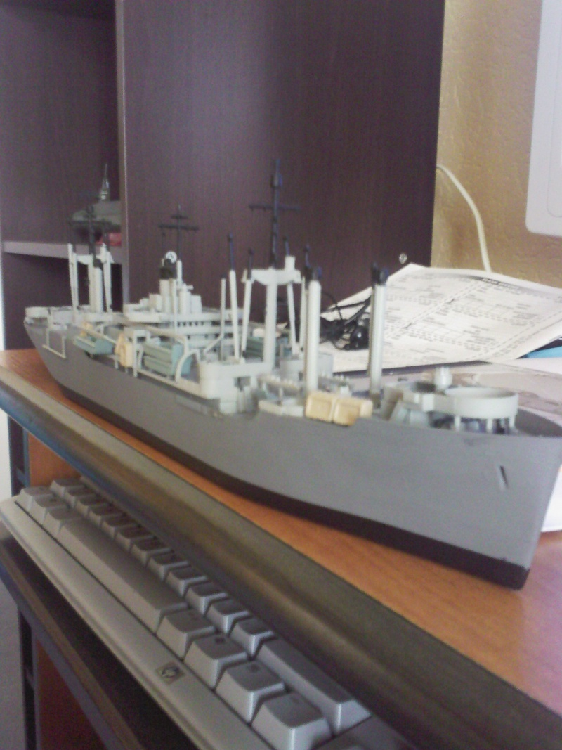 Uss Montrose  (1/375  Revell) Sp_a0110