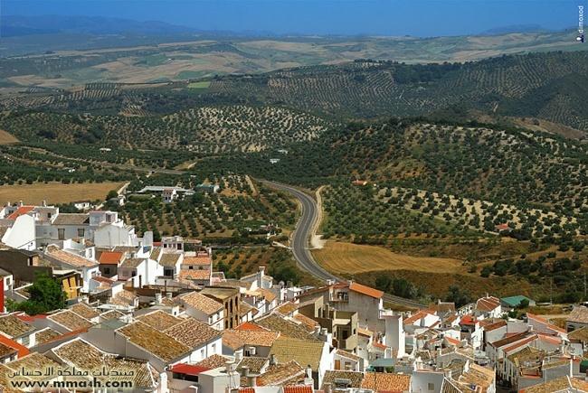 Olvera القرية البيضاء في أسبانيا 1110