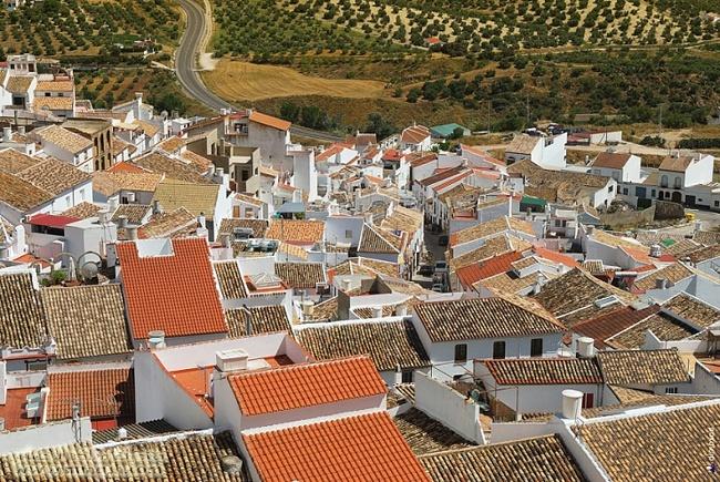 Olvera القرية البيضاء في أسبانيا 1310