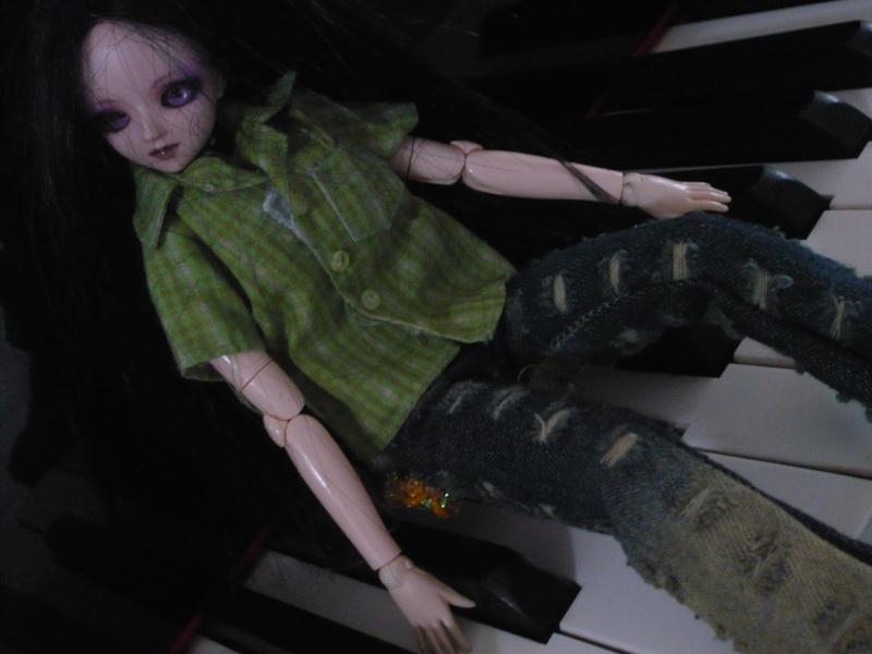 ( Lulu - poupée mannequin) - p3 - Page 3 P1040110
