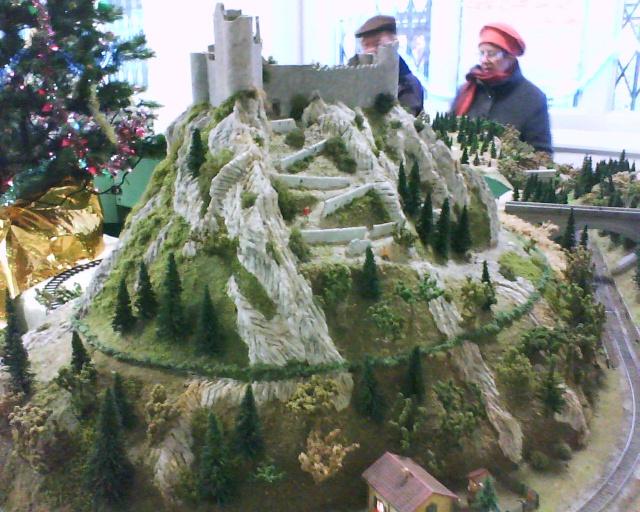 Expositions de noël a Carcassonne Dsc00713