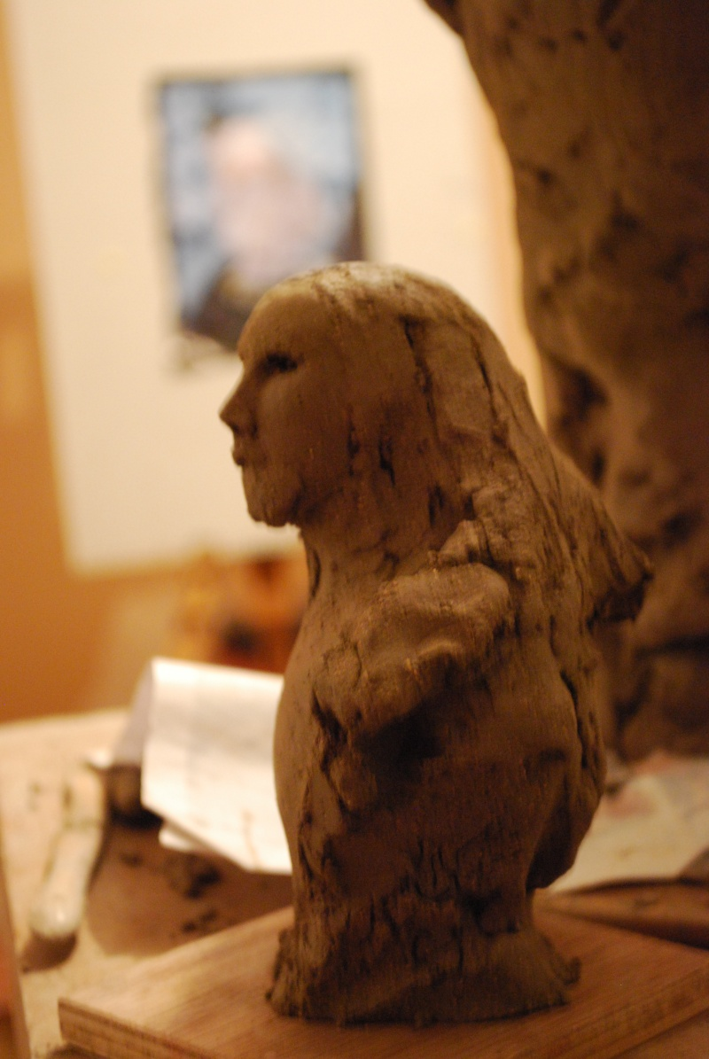 bustes Anne M Dsc_0048