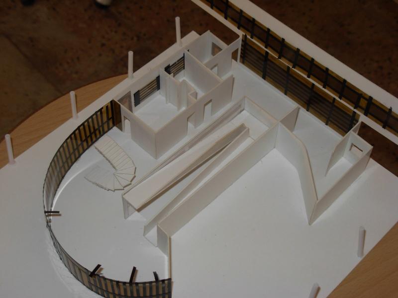 les maisons des architectes fabriquees par les etudients de mostaganem Dscn0317