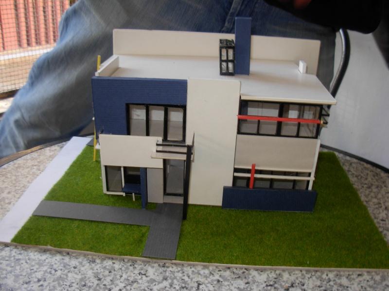 les maisons des architectes fabriquees par les etudients de mostaganem Dscn0320