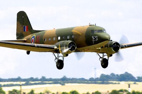 Avions de Légende Dakota11