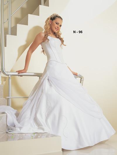 فساتين زفاف تحفه وتحدى  جديد ازياء 2009 N09610