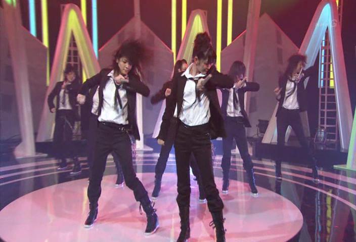 Forever love (performance in music japan) C-ute --JavierJp0p C-ute_12