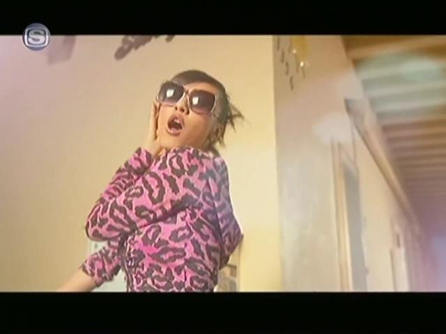 PV - Give me Up (Nami Tamaki) JavierJp0p Give_m15