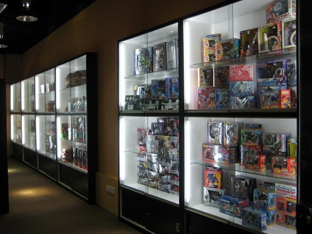 Nice Robot model shop at queensbay mall penang. Rm410