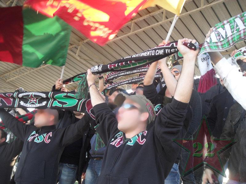 Stagione Ultras 2010-2011 - Pagina 2 112