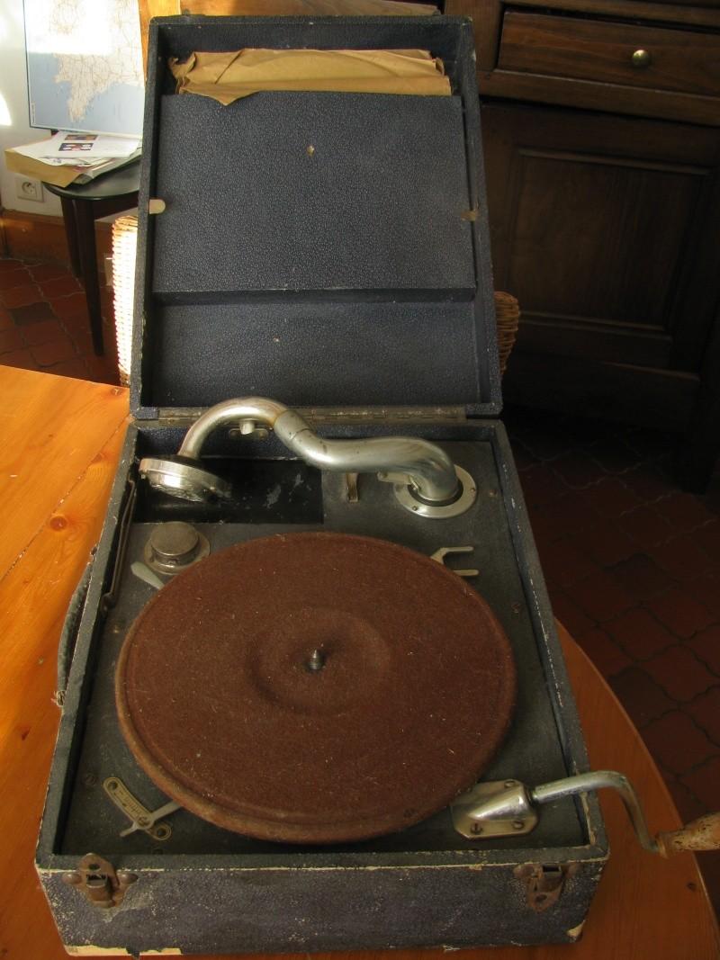 cherche réparateur pour tourne disque 78tours manuel Tourne11