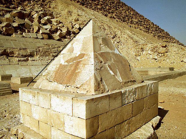 La révélation des pyramides - Page 7 Pedge10