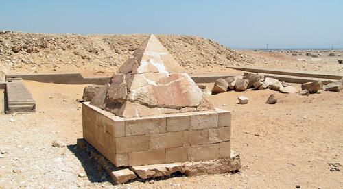 La révélation des pyramides - Page 7 Rote-p10
