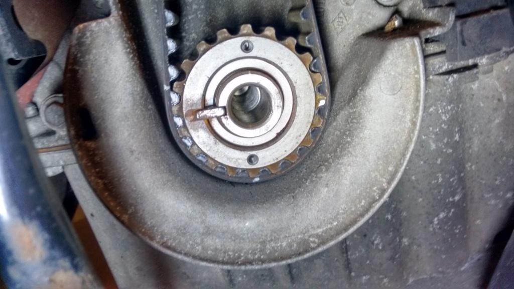 bruit moteur + moteur qui prend pas les tours - Page 2 Img_2027