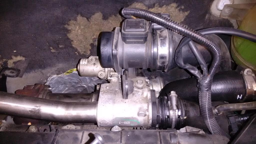 bruit moteur + moteur qui prend pas les tours - Page 5 Img_2042