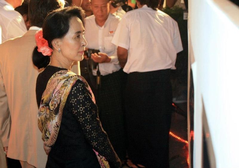Daw Aung San Suu Kyi - Page 4 55139910