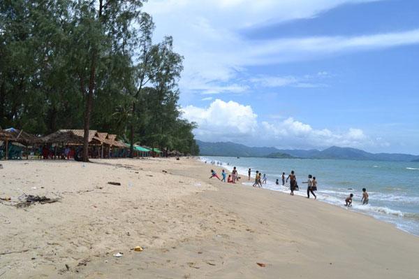 Birmanie - Vers un développement du tourisme - Page 2 Bi-6-010