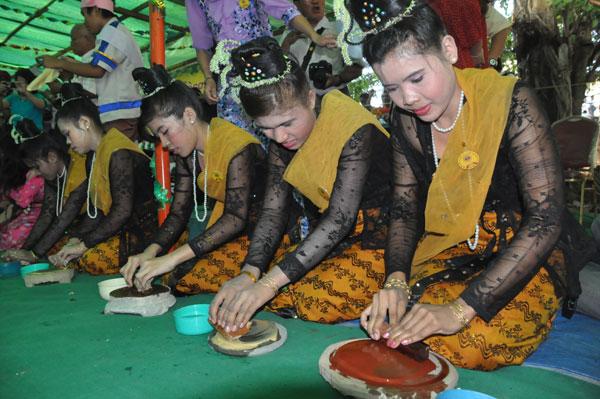 Birmanie - Vers un développement du tourisme - Page 2 Bi-6-210