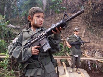 Des enfants pour l'armée birmane Enfant10