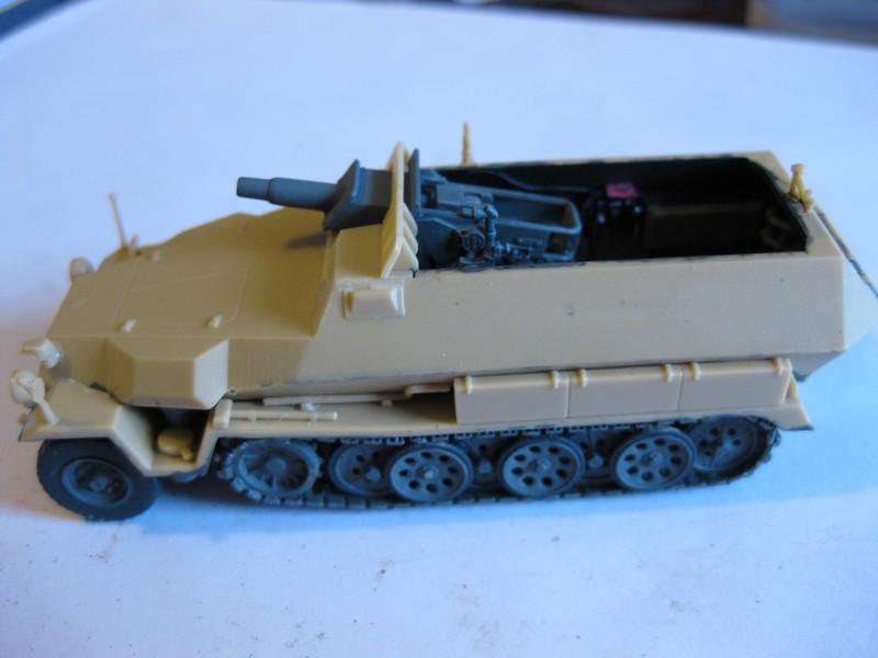 Sd.Kfz.251/9 Ausf. C [Revell; 1/72]: Opréations Anton et Lila Photo_16