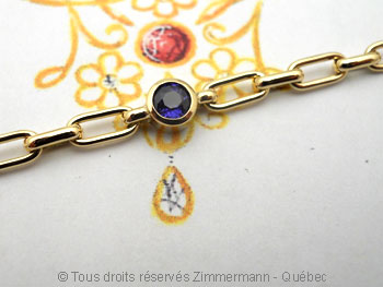 Bracelet or avec un saphir de 4 mm serti clos  Brsof016
