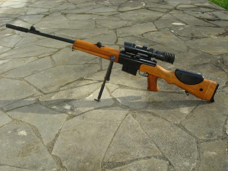 Le fusil de précision FR-F1 Dcb_sh10