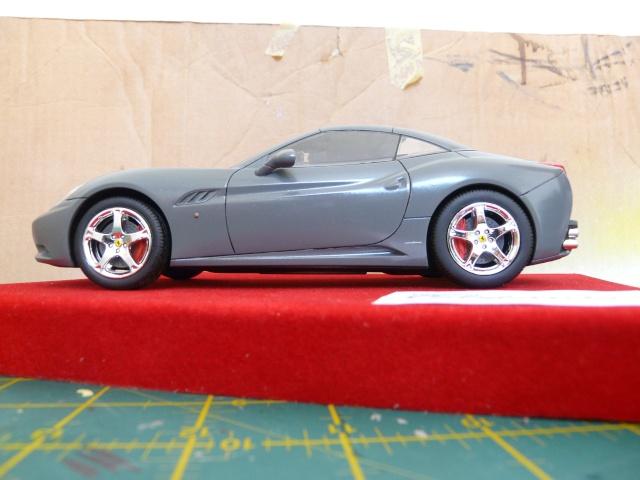 Ferrari California 1-24 Revell P1080313