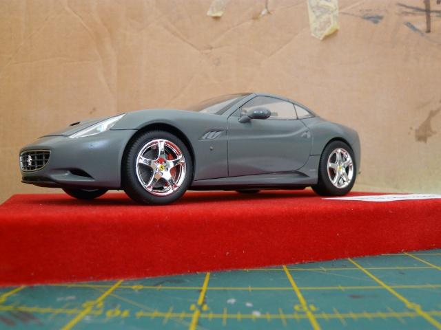 Ferrari California 1-24 Revell P1080315