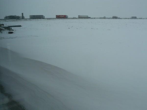 la neige est-elle arrivée chez vous ?  - Page 20 Neige_11