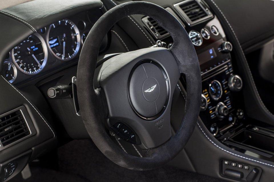 2011 - [Aston Martin] Vantage restylée - Page 2 Aston-10