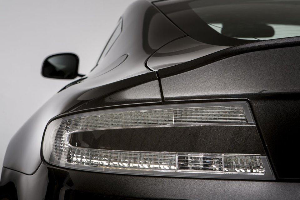 2011 - [Aston Martin] Vantage restylée - Page 2 Aston-12