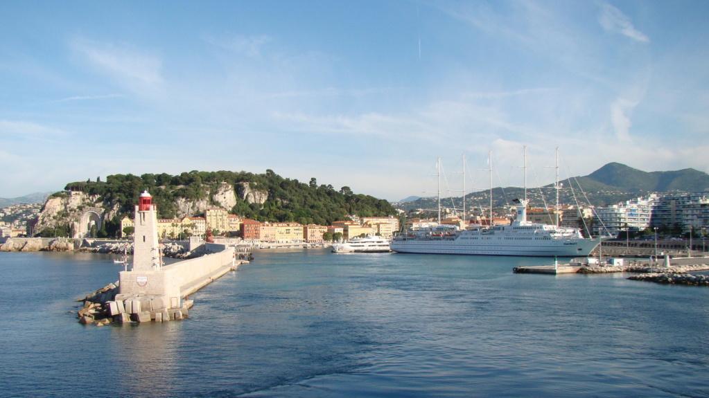 [Vie des ports] Le Port de Nice - Page 3 Dsc06415