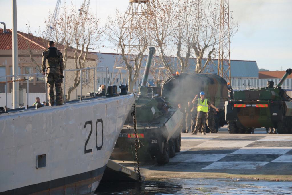 [Divers navires amphibie] EDA - R ( Engin de débarquement amphibie rapide ) Img_2825
