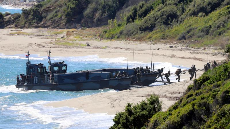 [Les Ports Militaires de Métropole] Toulon Exercice Dynamic Mariner 20 Img_3518