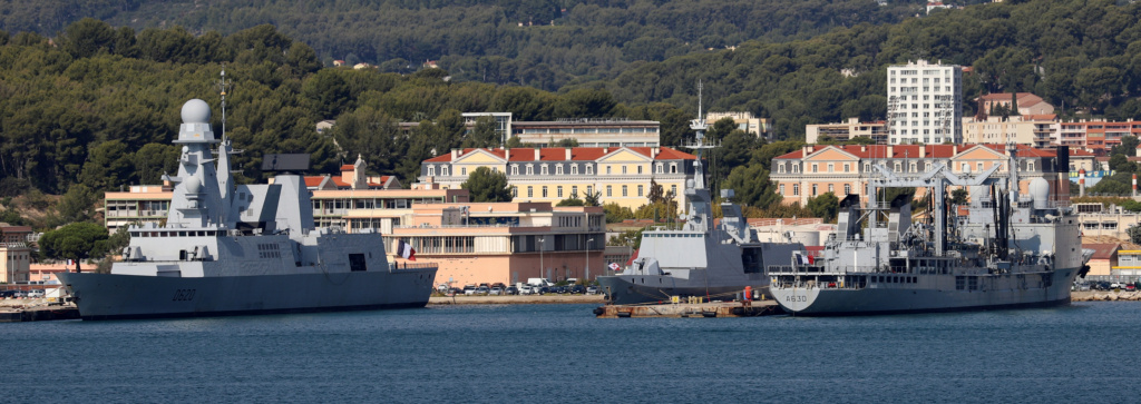 [Les ports militaires de métropole] Port de Toulon - TOME 1 - Page 6 Img_7929