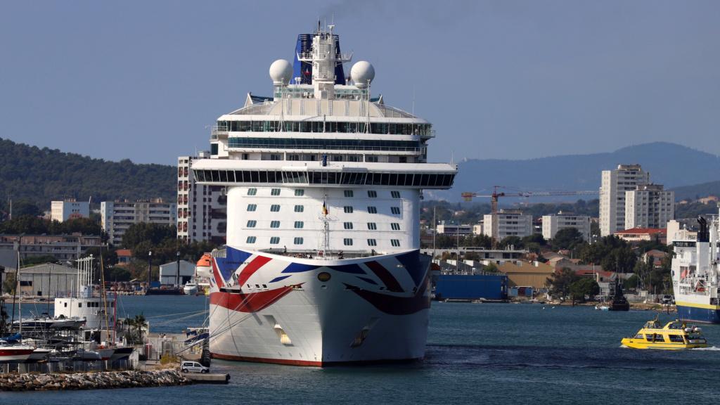 [Les ports militaires de métropole] Port de Toulon - TOME 1 - Page 6 Img_7933