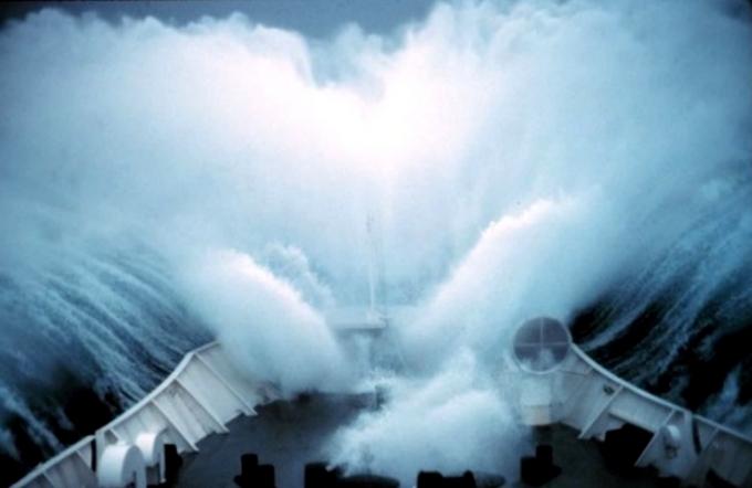 Les vagues scélérates, ou une faillite de la science  Aaa110
