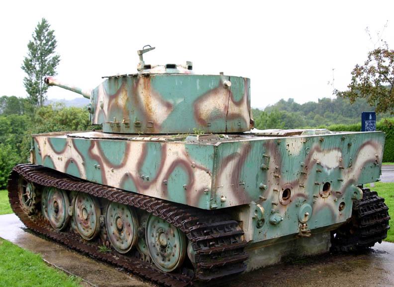 Le Tigre de Villers Bocage Az10