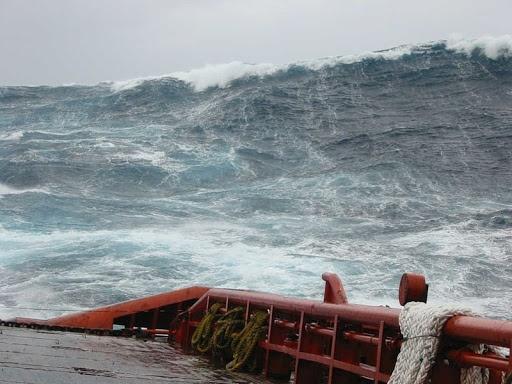 Les vagues scélérates, ou une faillite de la science  Waveve10