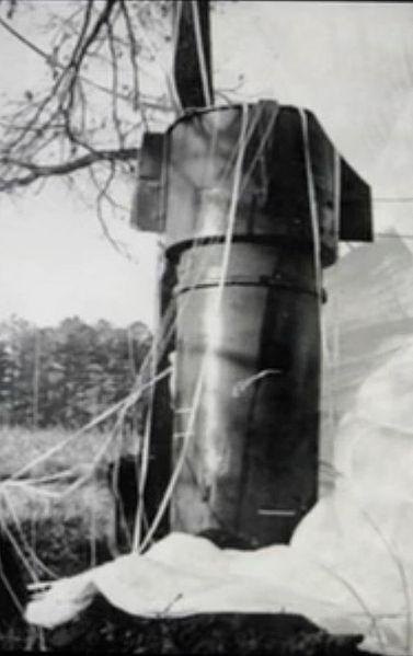 La bombe nucléaire de New-York 377px-10
