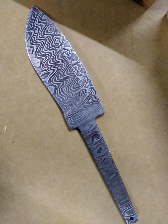 Couteau Molotobec et fabrication de l'étui, 3e essai Img_2011