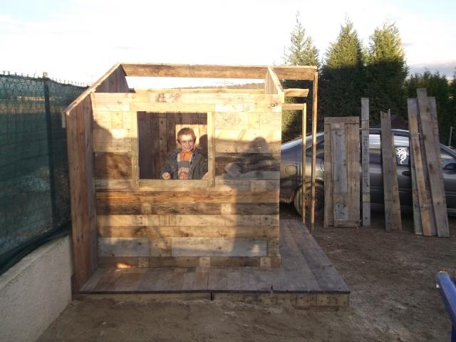 cabane pour les enfants Dscf2114